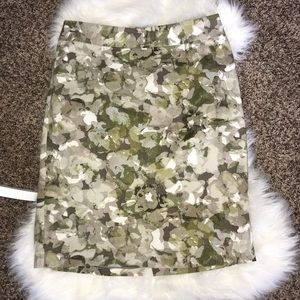 Banana Republic Skirt Size 8